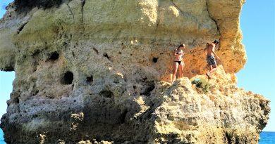 Algarve-Klippen bergen Absturzgefahr beim Klettern