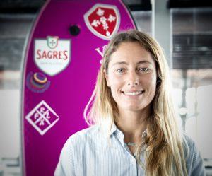 Joana Schenker wird als Bodyboard Weltmeisterin von Vila do Bispo gesponsert