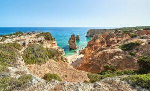 Reisewetter der Algarve ist im Frühling optimal für Naturtouristen