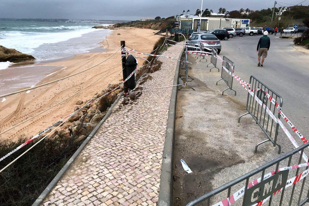 Algarve News zu Sturmschäden an der Algarve-Küste