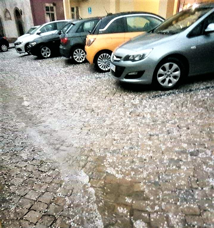 Algarve News über Hagel am 21. April 2018 in Faro an der Algarve