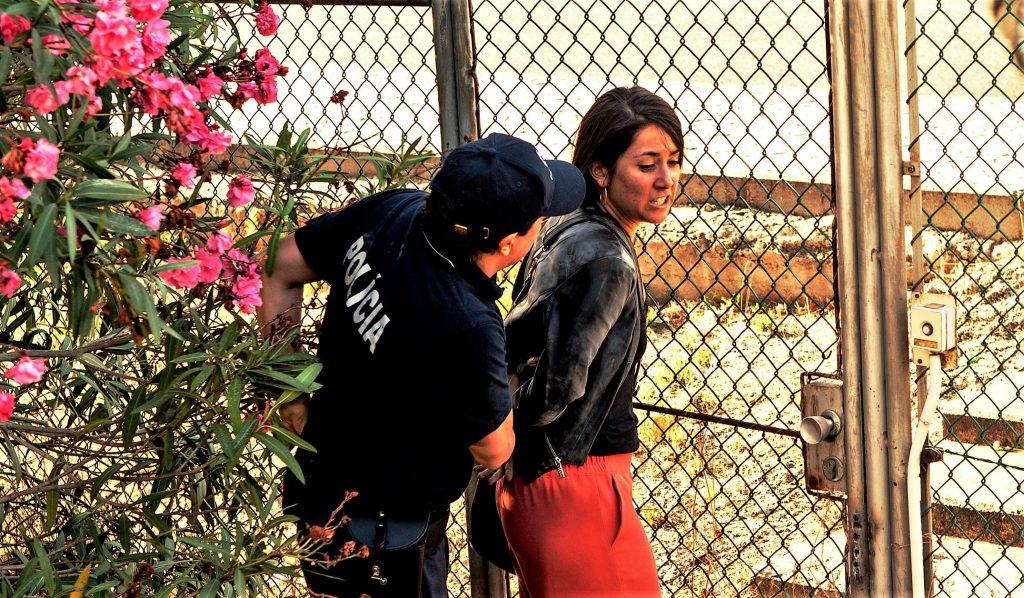 Vidina Popov bekommt es im Lissabon-Krimi mit der Polizei zu tun
