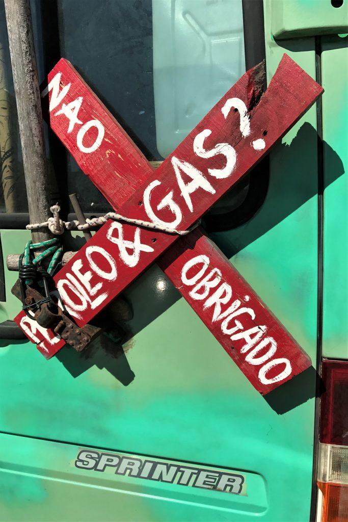 Algarve News über Proteste gegen Prospektion von Öllagerstätten vor Aljezur an der Algarve