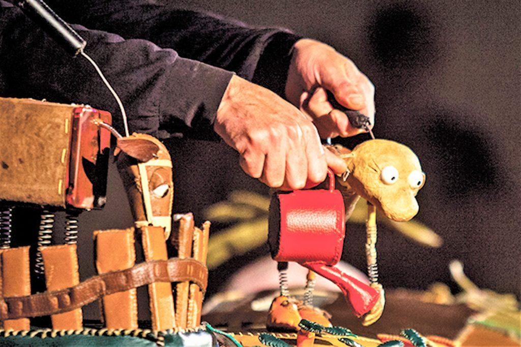 Algarve-August mit Straßen- und Puppen-Theater in Odeceixe