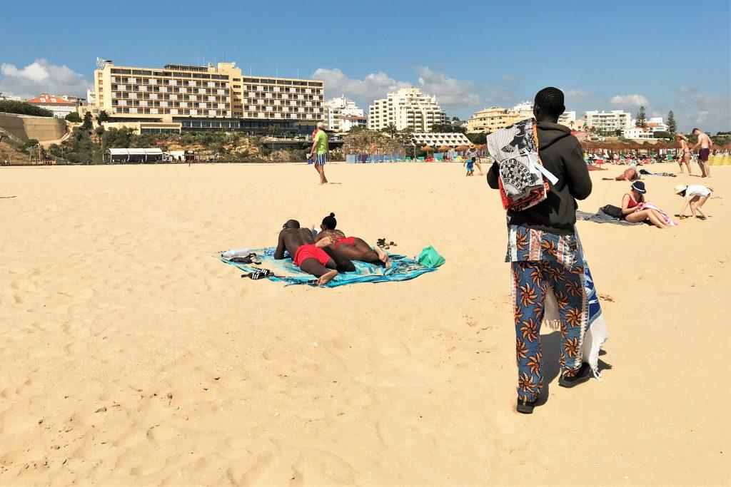 Algarve-Hotellerie fordert mehr qualifizierte Fachkräfte für Tourismus-Dienstleistungen