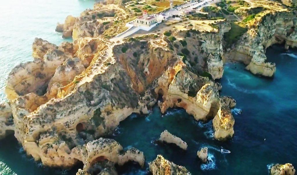 Drohnenflüge über die Algarve führen auch zur Ponta da Piedade bei Lagos