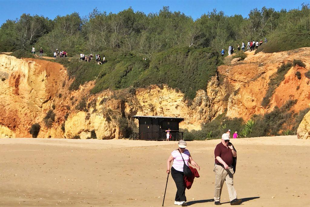 Algarve News zu Gegnern eines Hotelprojekts in Alvor bei Portimao