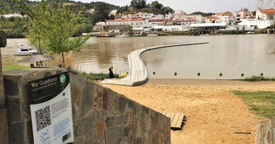 Brückenbau am Grenzfluss Guadiana zwischen Algarve und Andalusien