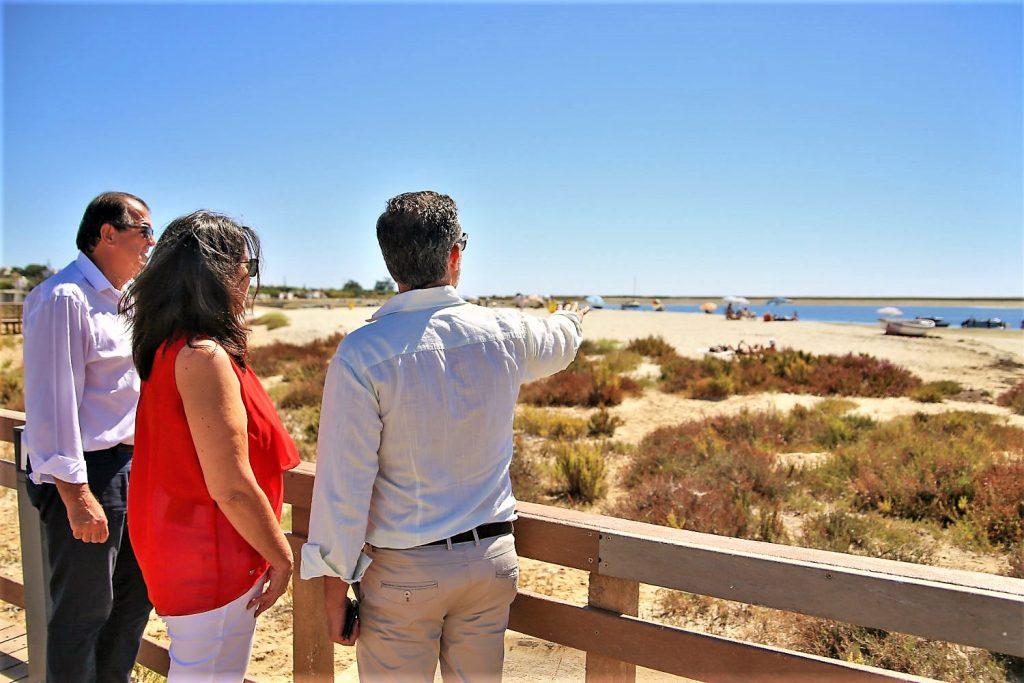 Strandqualität auch in Fuseta bei Olhao an der Ost-Algarve hoch laut blauer Flagge