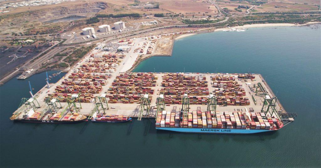 Alentejo-Küste hat Sines als Tiefseehafen für Container- und Flüssiggas-Schiffe