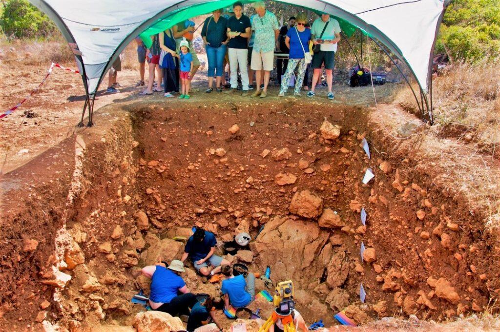 Algarve News zu Ausgrabungen bei Vale de Boi im Kreis Vila do Bispo