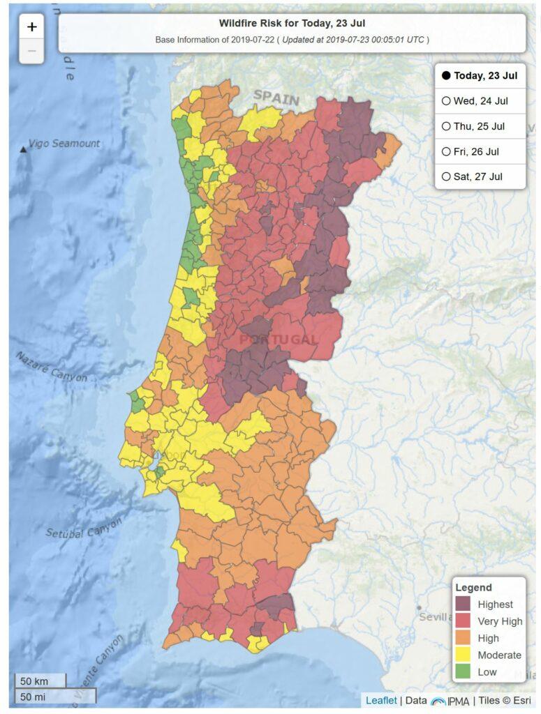 Vier Tage nach Waldbrand-Ausbruch Risikolage am Dienstag