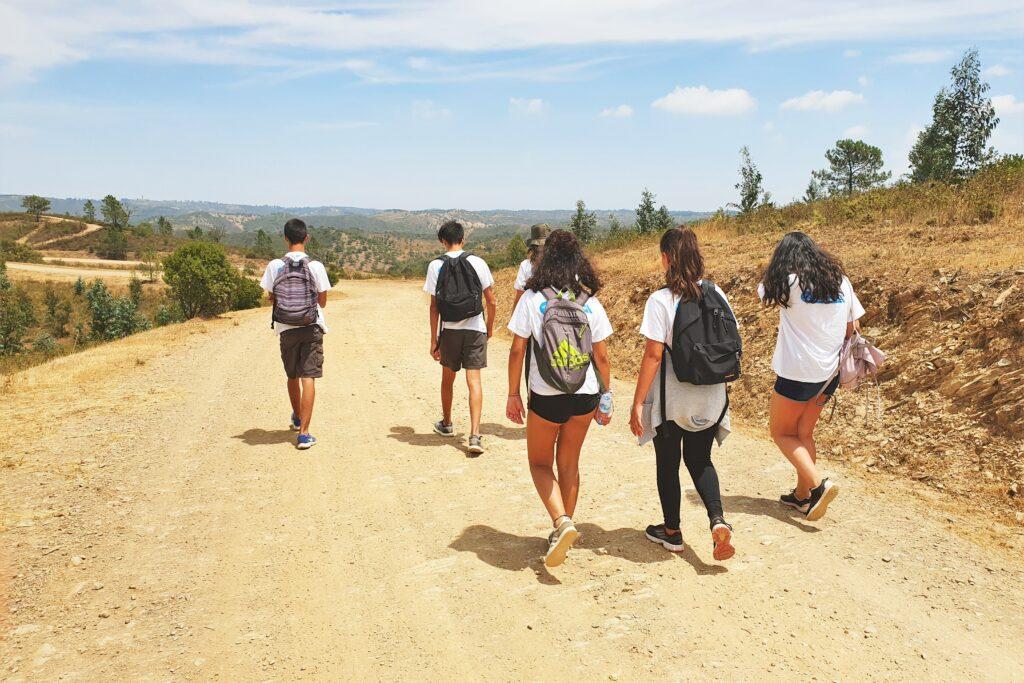 Waldbrandgefahr erkennen und frühzeitig bekämpfen ist auch Aufgabe von jugendlichen Freiwilligen an der Algarve