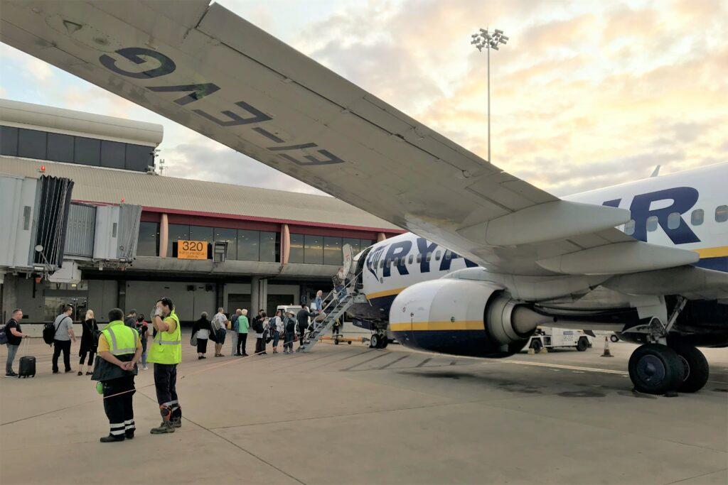 Algarve-Basis von Ryanair in Faro bekommt vielleicht die Flügel gestutzt