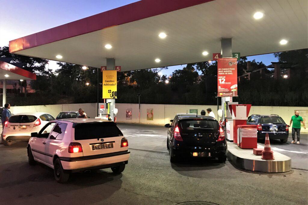 Algarve-Fahrer finden bei einem Streik ein Netz von Notfall-Tankstellen vor