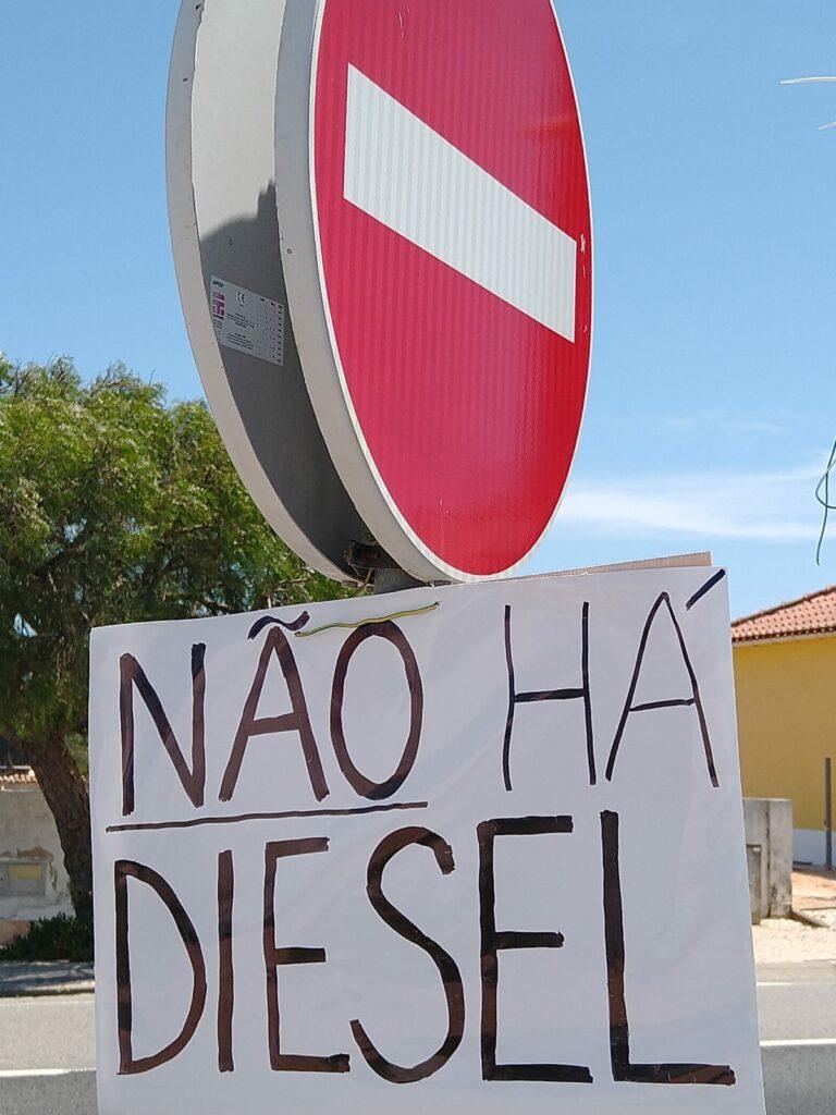 Tankwagen-Streik führt zur Nichtverfügbarkeit von Diesel an Tankstellen Portugals