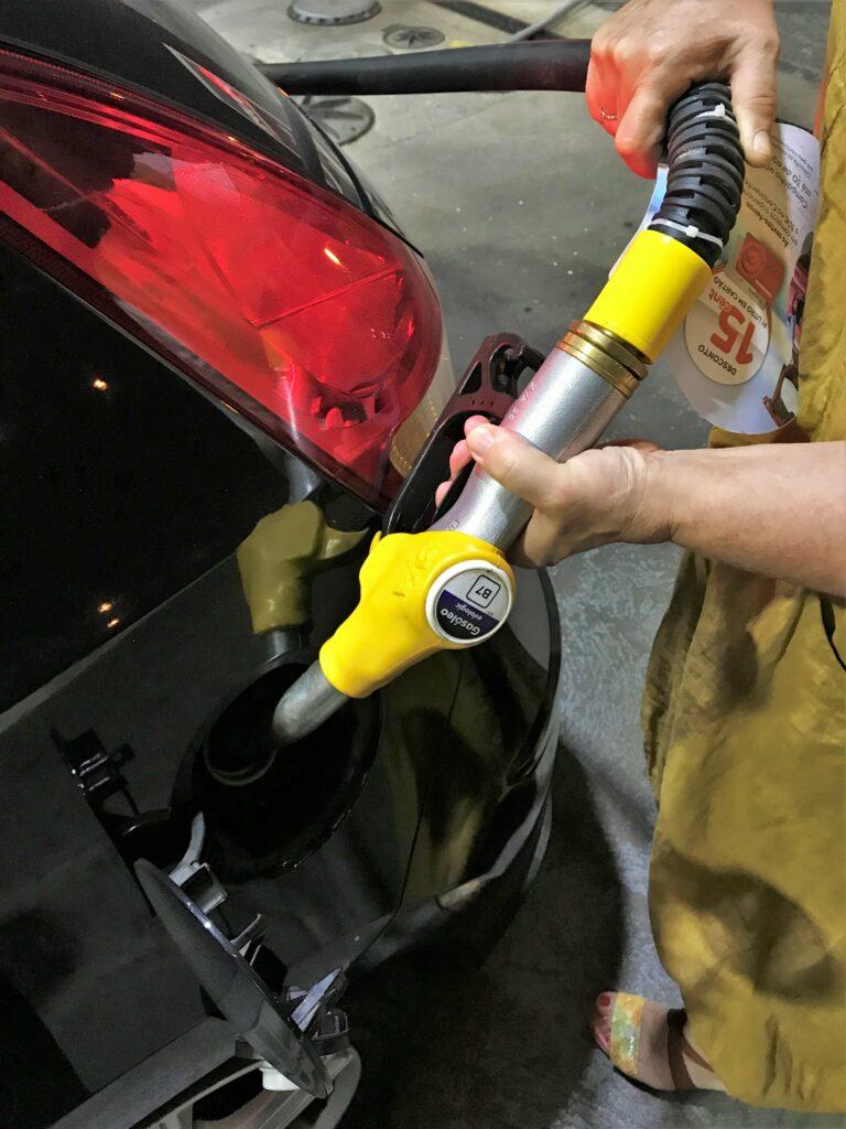 Tankwagenfahrer-Streik lässt viele Benzin und Diesel auf Vorrat tanken