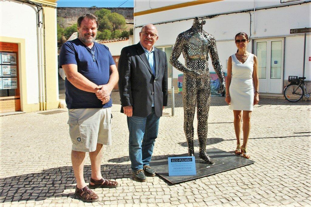 Algarve News zu Skulptur gegen das Rauchen in Castro Marim