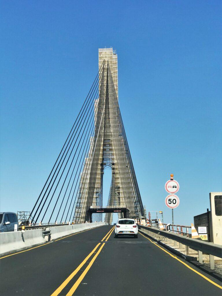 Autbahnbrücke der A 22 zwischen Algarve und Andalusien wird seit Juni 2017 saniert