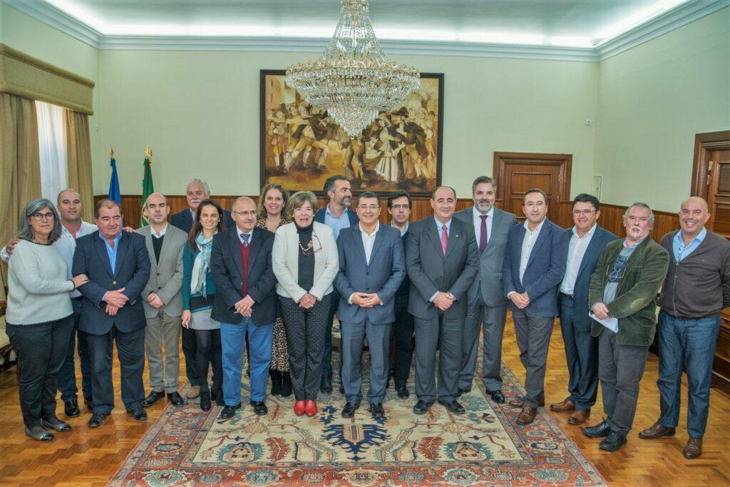 Algarve News zu AMAL-Präsident Antonio Pina aus Olhao