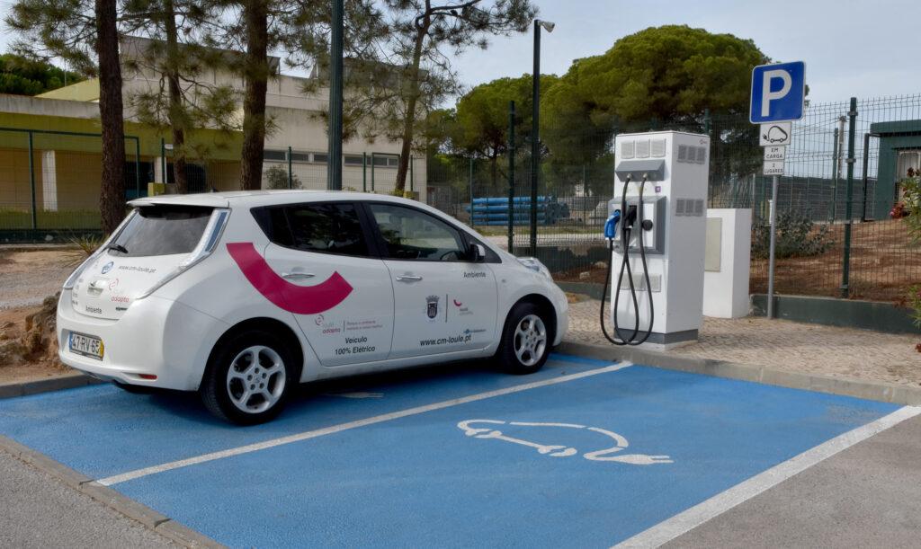 Algarve News zu Aufladestationen für Elektrofahrzeuge